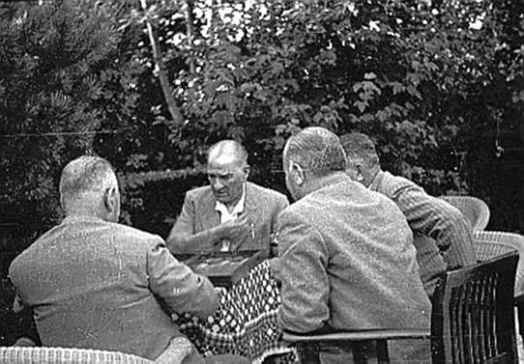 Atatürk ve Yalova